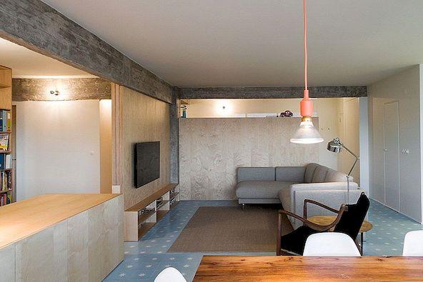 아파트 개장은 밝고 열린 레이아웃을 위해 벽을 제거합니다