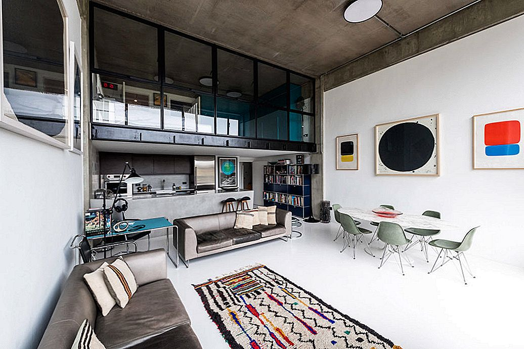 London Industrial Loft Jazzed With Art Details