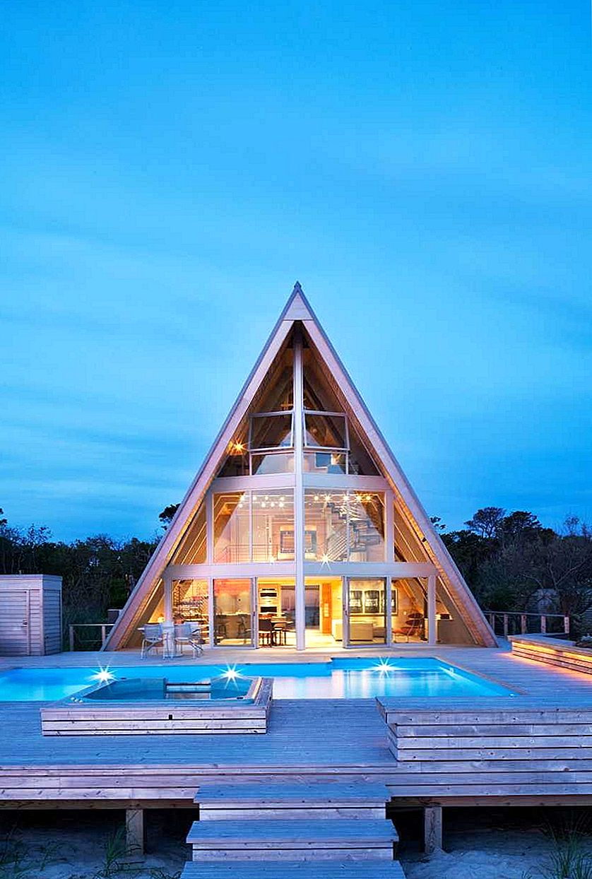 1960's Beach Home veranderde in een spectaculaire moderne A-Frame Residence
