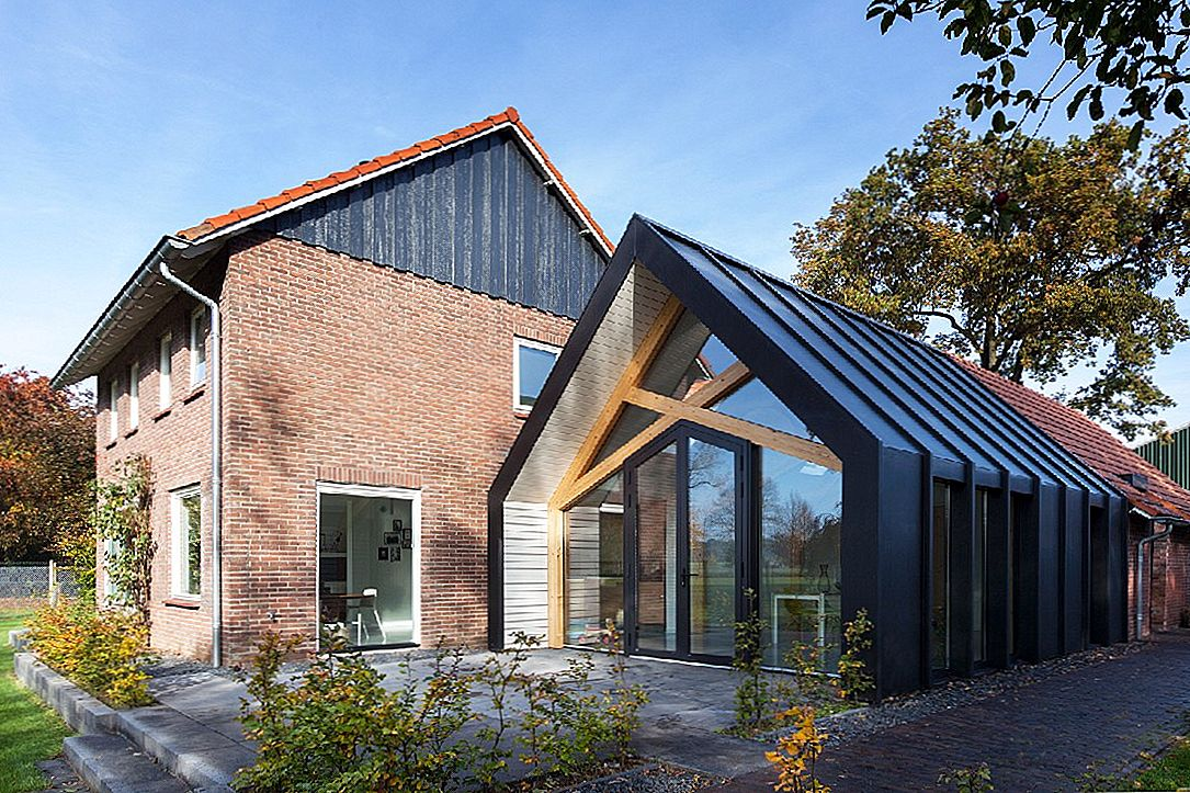 Contemporary Add-On Transforms This Dutch 50s Farmhouse