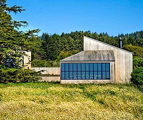 Residence at the Sea Ranch by tgharchitects