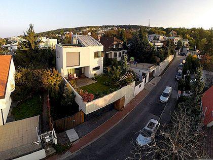 Üllatav Urban Garden, mida tänapäevane kodu näeb Bratislavas
