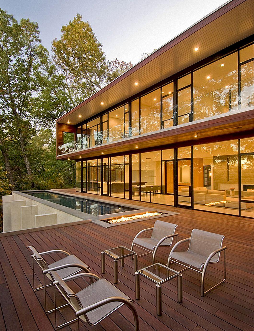 Jätkusuutlik ja salajane USA maja, kus on suurepärane metsamaastik