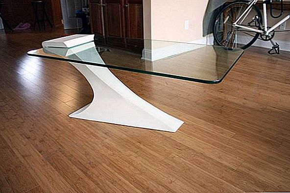Onconventionele Cantilevered Table door Brian Kuchler