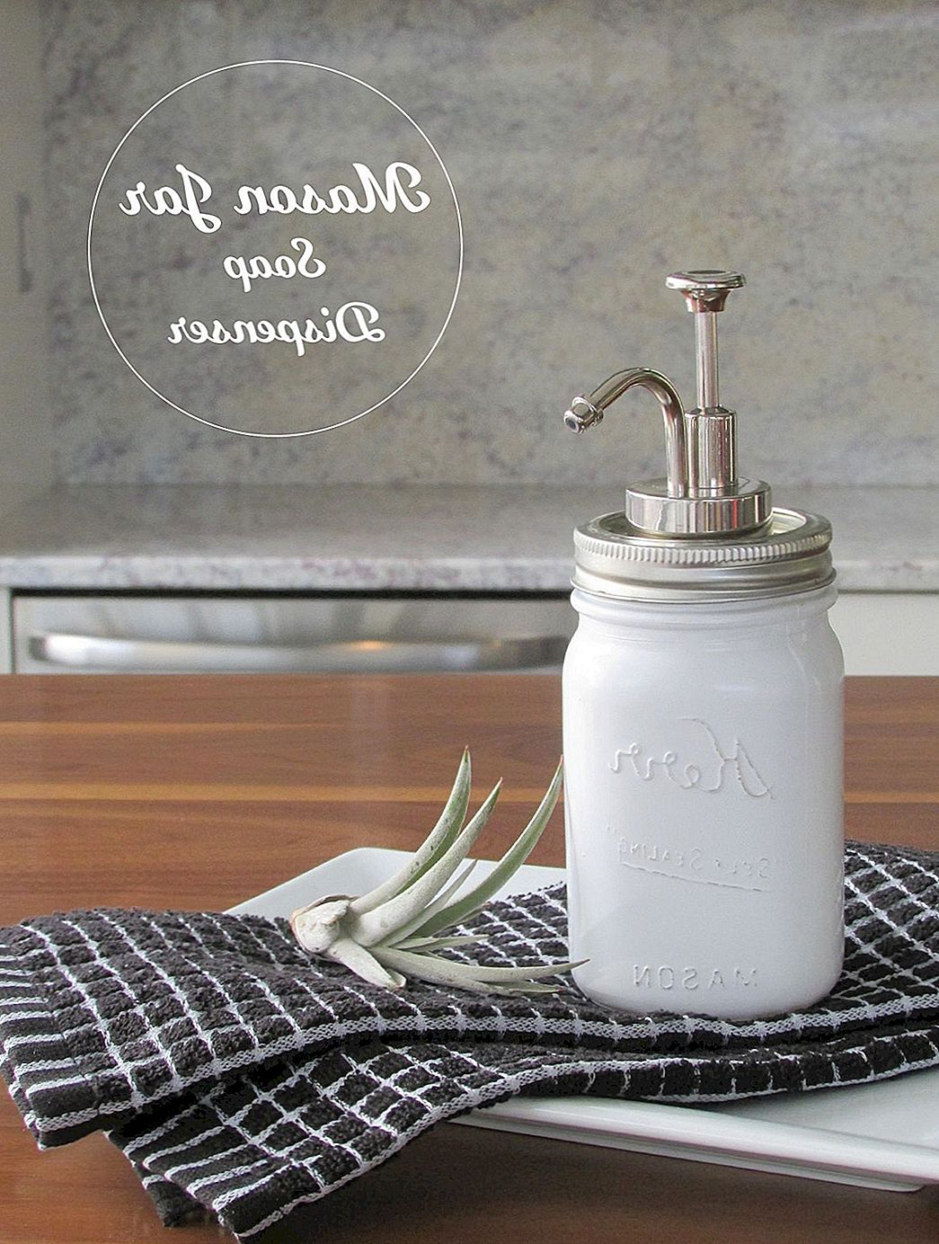 DIY Mason Jar Zeepdispenser