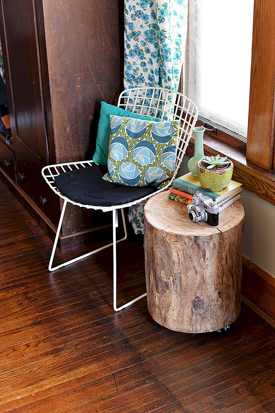 DIY Tree Stump Sidobord