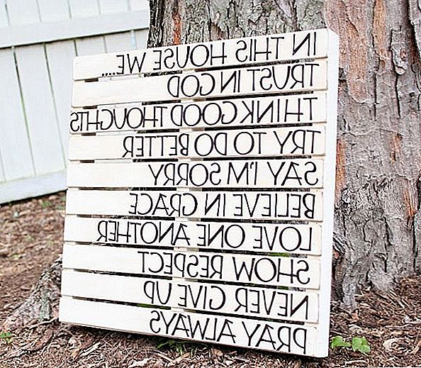 Genial Wall Art Made With Wooden Pallets