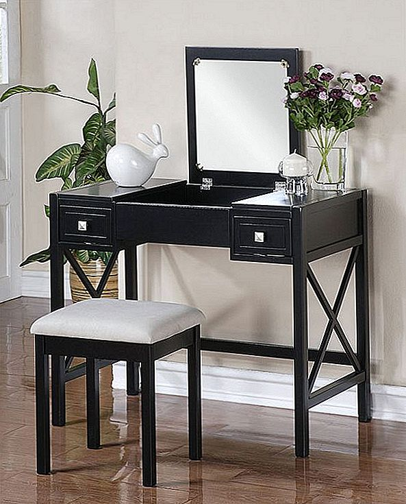 Perfect Black Vanity tabel ja pink