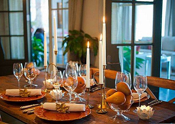 10 Stilig Monokromatiske Thanksgiving Tables