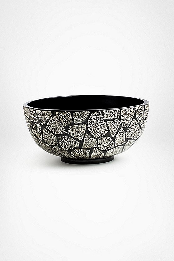 Lacquer Eggshell Bowl
