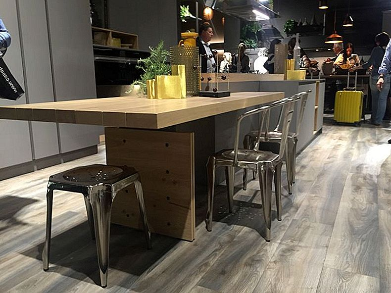 Moderne Kitchen Island Ideer som Reinvent A Classic