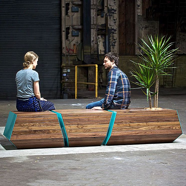 Planter Benches - The Duo That Freshness Into Your Home