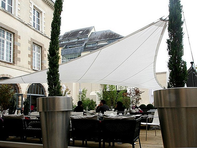 Shade Sails Shape The Outdoors Med Architectural Elegance