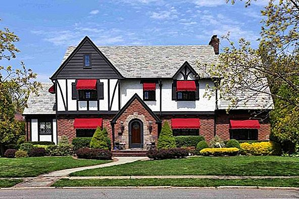Stunning Tudor Property i Rockville Center